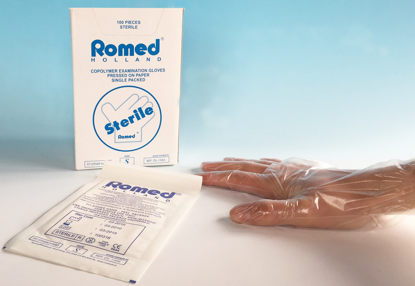 Picture of COPOLYMER GLOVES  STICTED ON PAPER STERILE SIZE SMALL ROMED